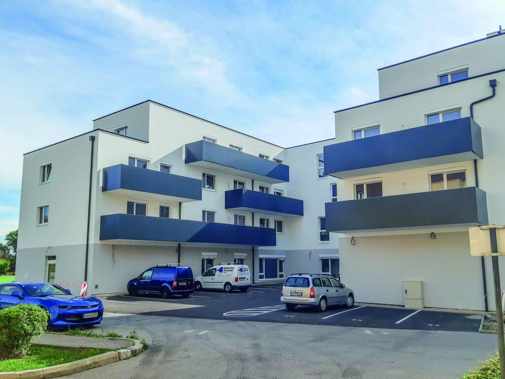 Kleinneusiedl, Lower Austria, residential complex